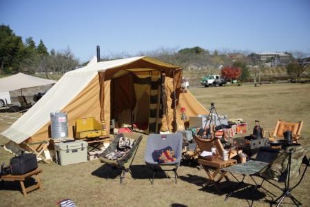昼のキャンプ風景5