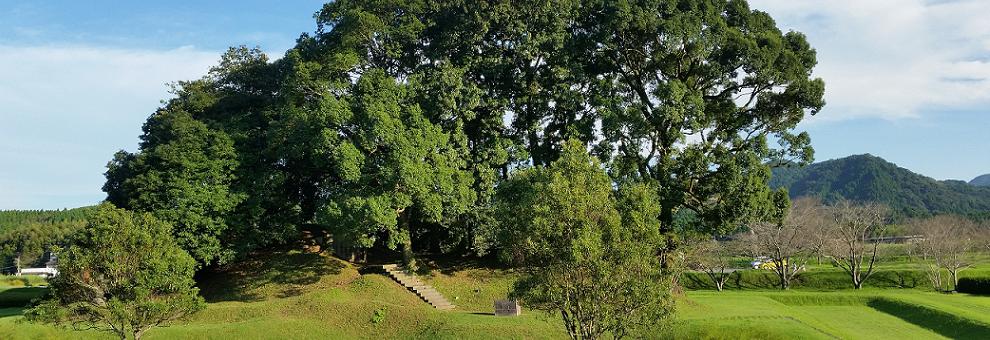 江田船山古墳の写真(なごみツーリズム 和水町観光案内システムへリンク)(別ウィンドウで開きます)